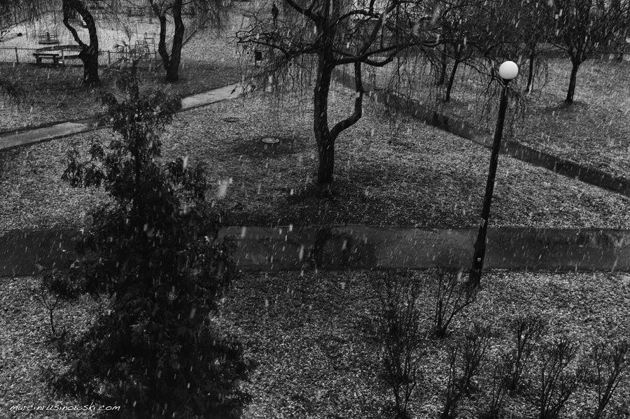 snow in Warsaw, January, documentary, thru window, Poland, Marcin Rusinowski, photographer
